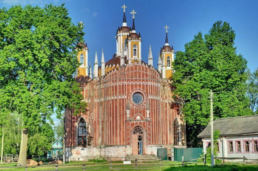 Церковь Спаса Преображения, Красное