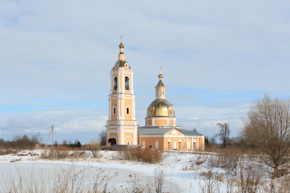Церковь Рождества Пресвятой Богородицы-Богородское-Сергиево-Посадский район-Московская область