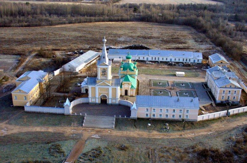 Введено-Оятский женский монастырь-Оять-Лодейнопольский район-Ленинградская область