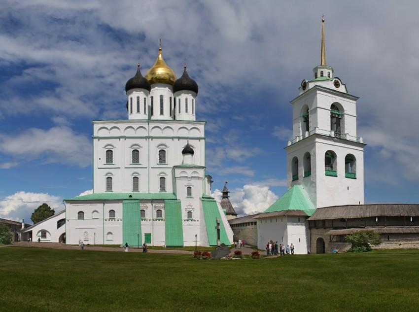 Кафедральный собор Троицы Живоначальной-Псков-г. Псков-Псковская область