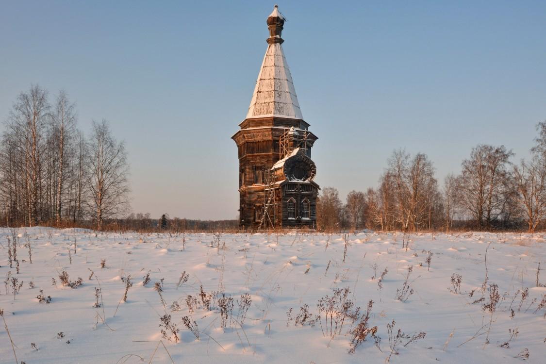 Сретено-Михайловская церковь, Красная Ляга