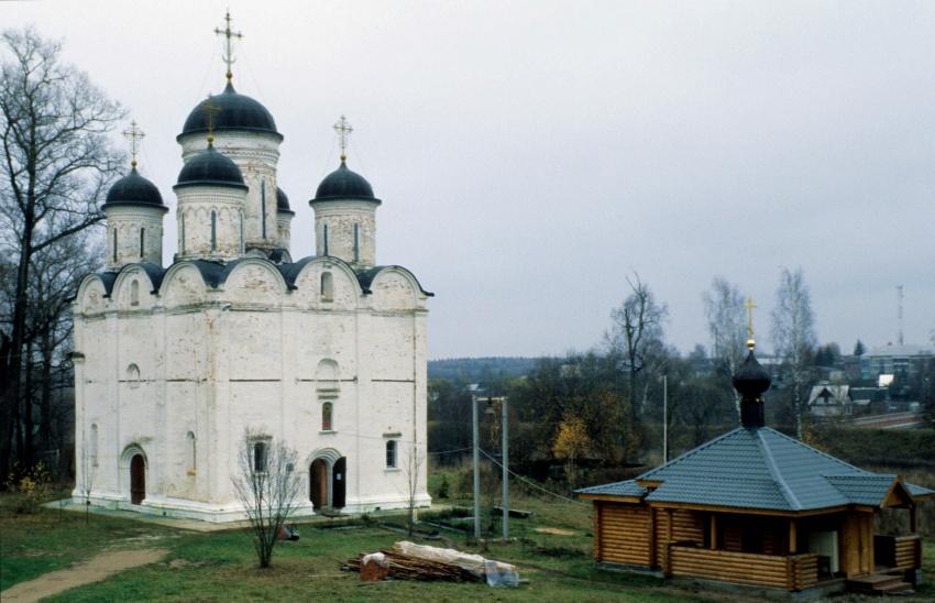 Церковь Михаила Архангела-Микулино-Лотошинский район-Московская область