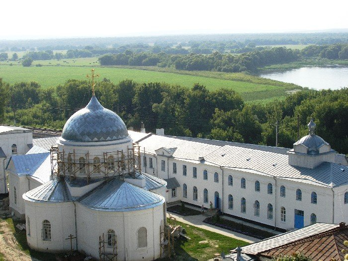 Успенский Дивногорский мужской монастырь, Дивногорье