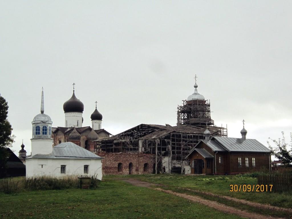 Троицкий Михаило-Клопский монастырь, Сельцо