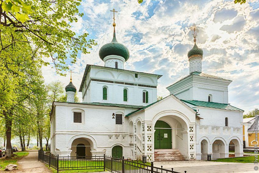 Церковь Рождества Христова в Ярославле фотографии
