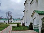 Успенский мужской монастырь Флорищева пустынь - Фролищи - Володарский район - Нижегородская область