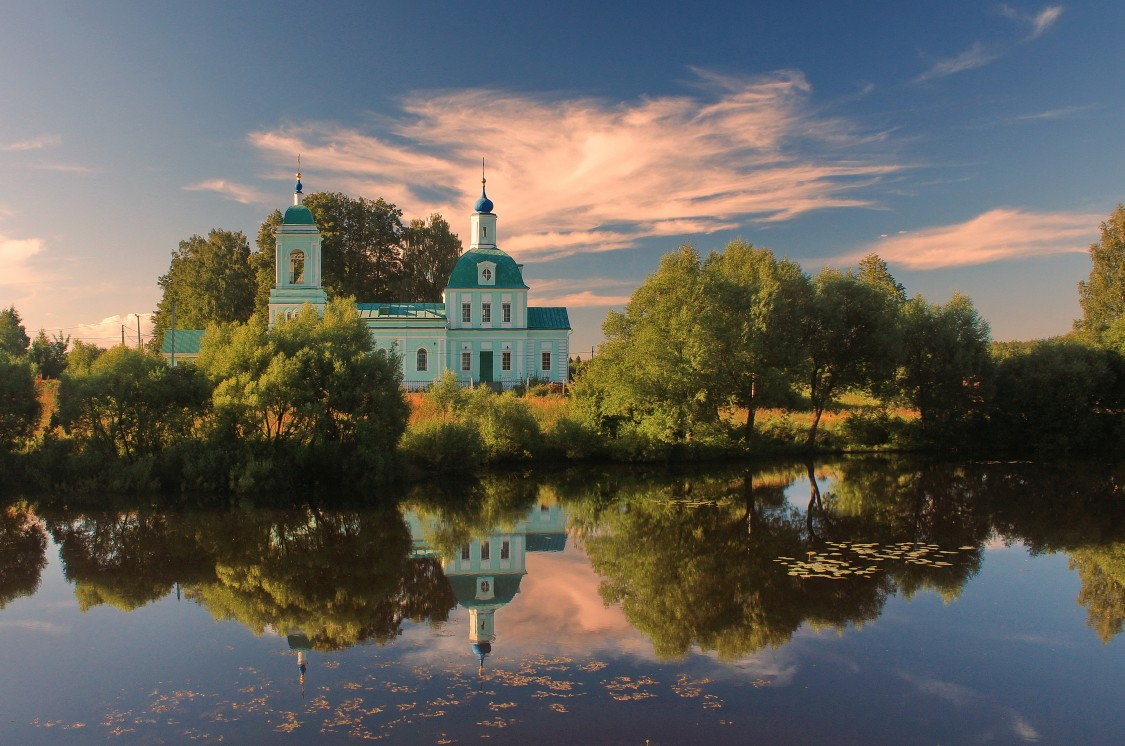 Церковь Троицы Живоначальной, Рязанцы