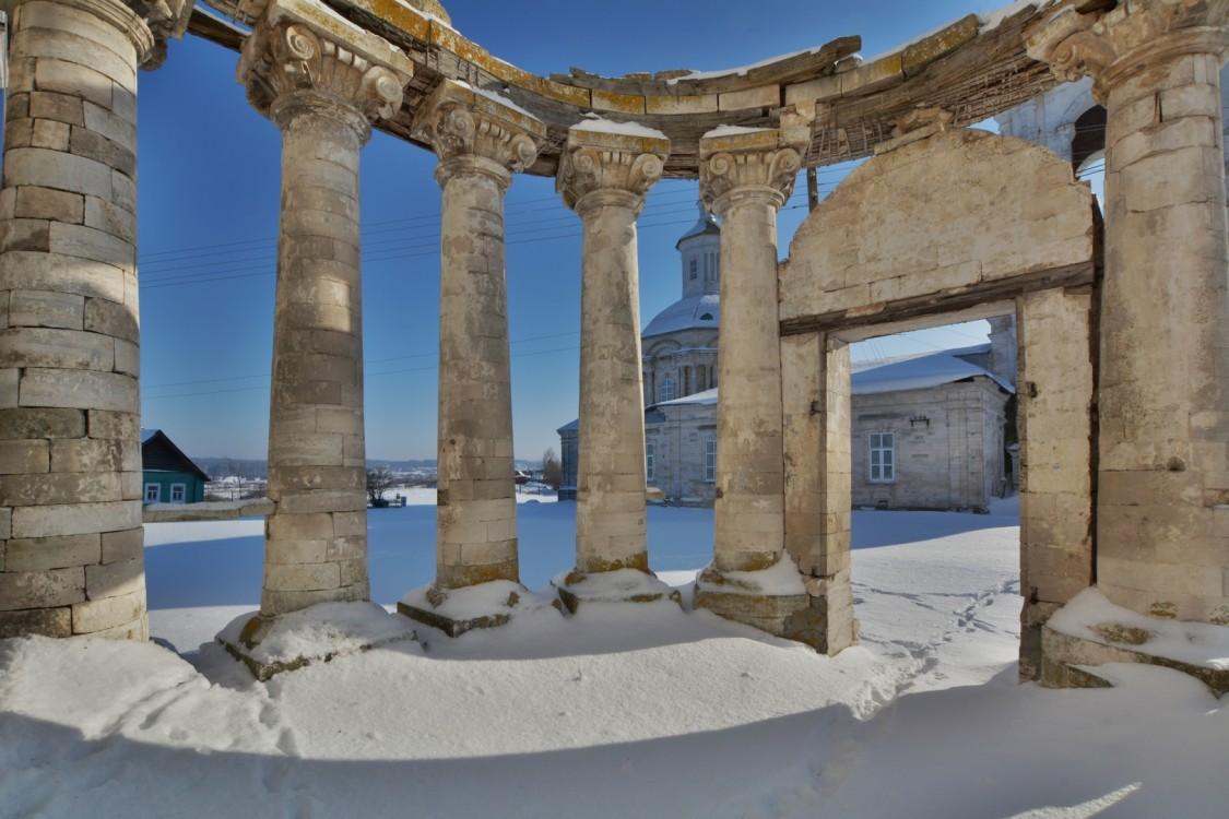 Церковь Николая Чудотворца, Погост