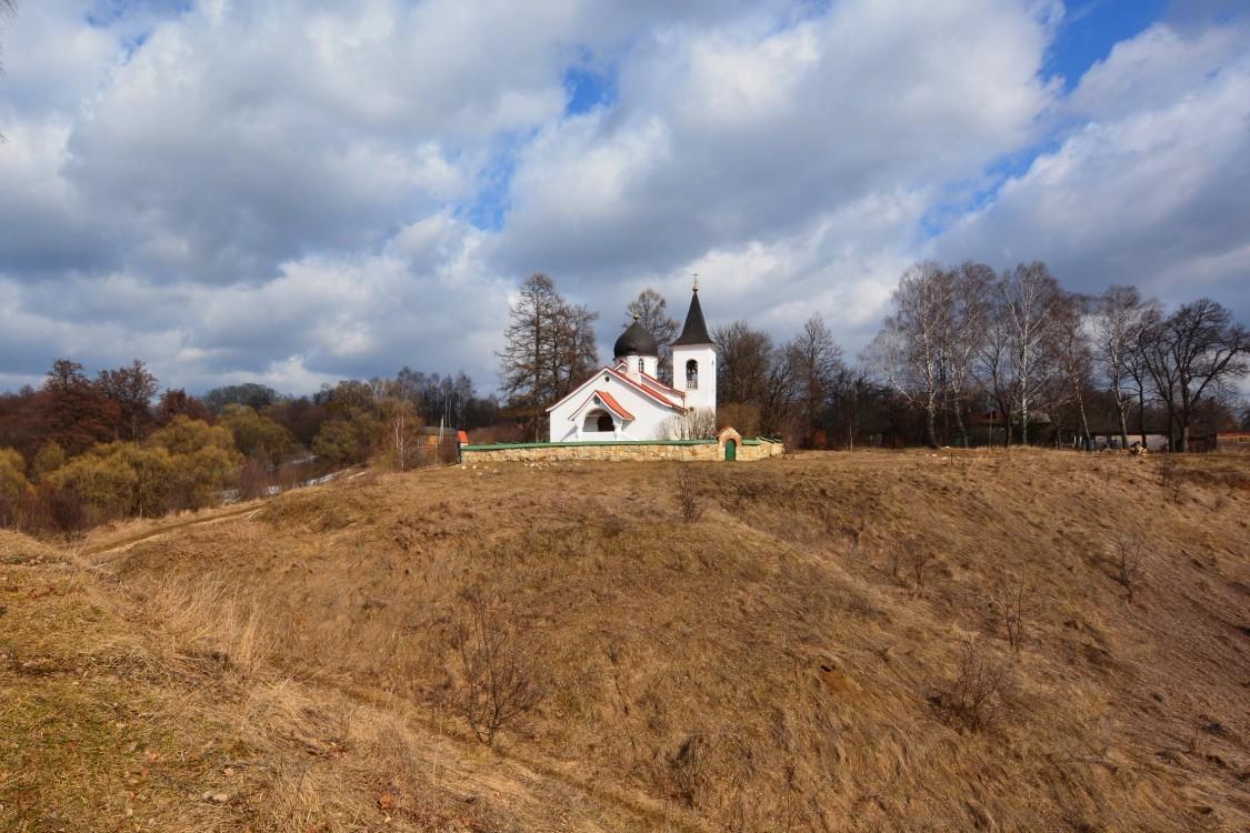 Церковь Троицы Живоначальной-Бёхово-Заокский район-Тульская область