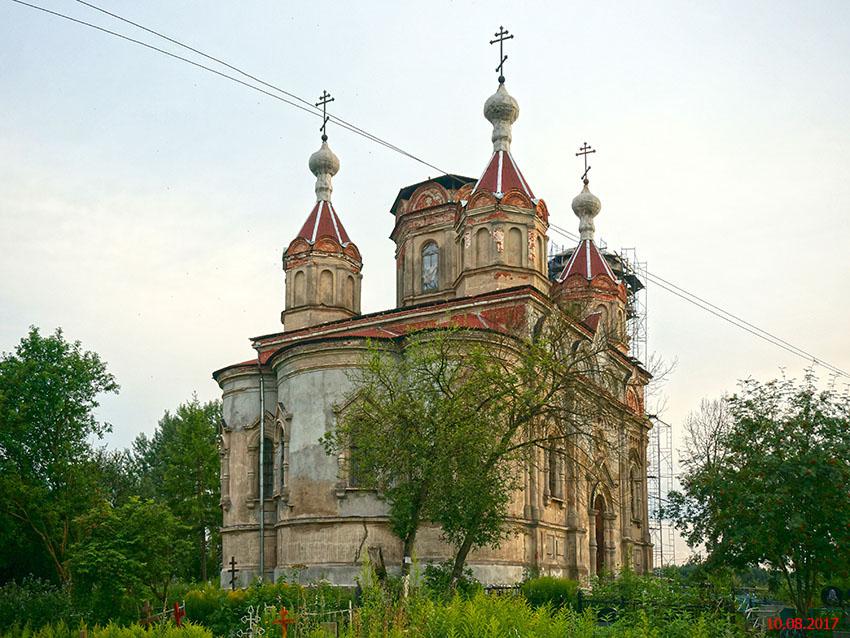 Церковь Троицы Живоначальной, Иссад
