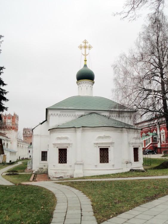 Новодевичий монастырь. Церковь Амвросия Медиоланского, Москва