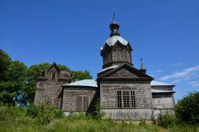 Крапивна. Церковь Михаила Архангела