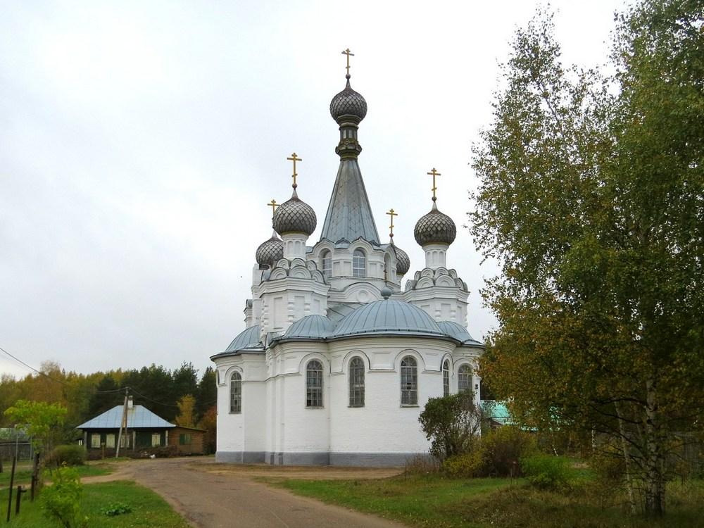 Церковь Успения Пресвятой Богородицы, Густомесово