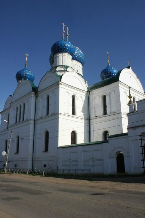 Богоявленский монастырь. Собор Богоявления Господня, Углич