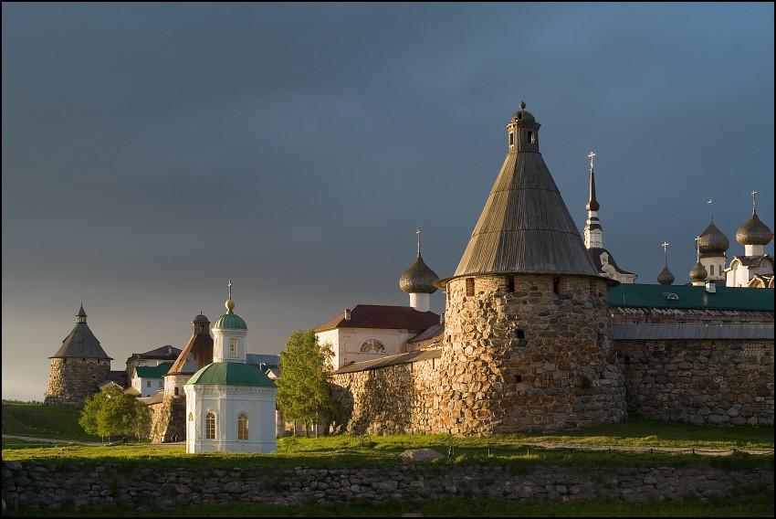 Соловецкий Зосимо-Савватиевский Спасо-Преображенский монастырь, Соловецкие острова