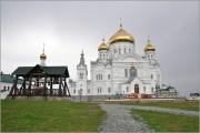 Белая Гора. Николаевский Белогорский монастырь. Собор Воздвижения Креста Господня