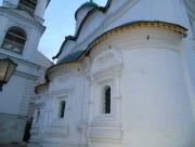 Мещанский. Троицы Живоначальной в Листах, церковь