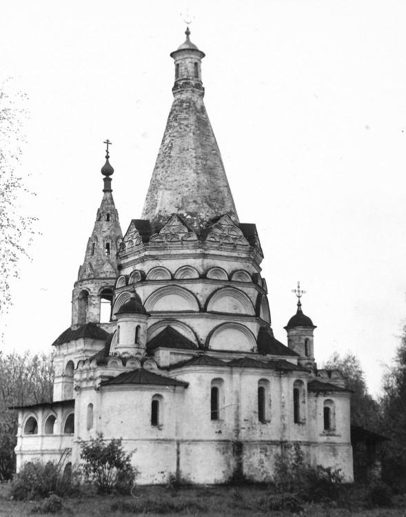 Церковь Богоявления Господня, Красное-на-Волге