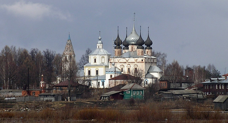Ансамбль Воскресенской и Успенской церквей и Троицкого собора, Лух