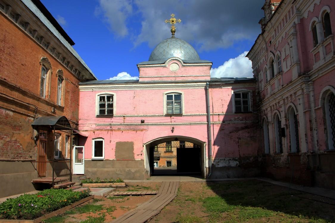 Христорождественский монастырь, Слободской