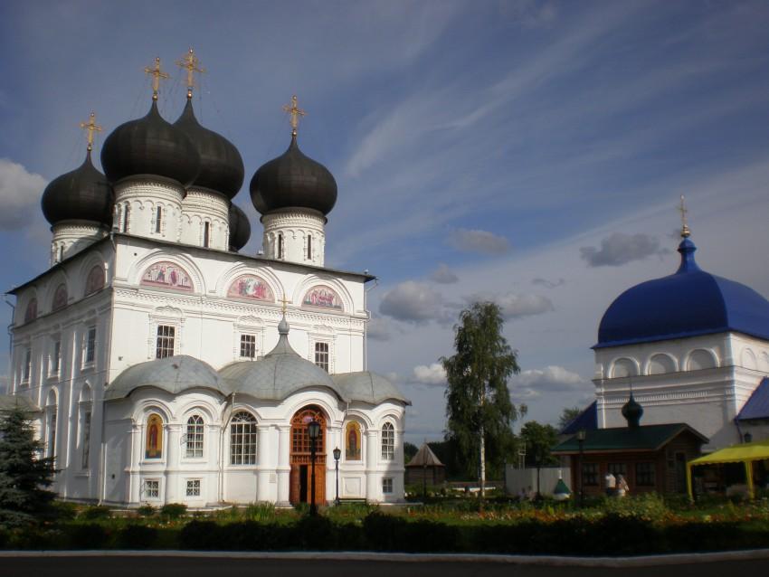 Успения Пресвятой Богородицы Трифонов монастырь, Вятка (Киров)