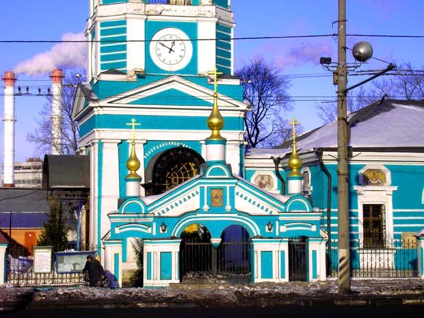 http://sobory.ru/pic/03300/03305_20060117_195250.jpg