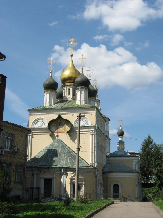 Церковь Троицы Живоначальной в Кожевниках, Москва