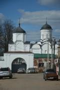 Киржач. Благовещенский женский монастырь. Неизвестная надвратная церковь