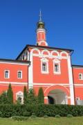 Белёв. Спасо-Преображенский монастырь. Надвратная церковь Алексия, митрополита Московского