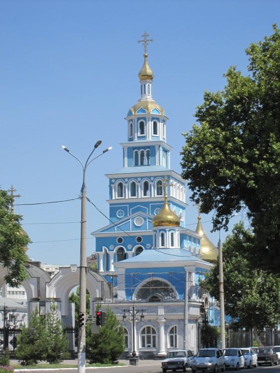 http://sobory.ru/pic/04750/04772_20111227_212211.jpg