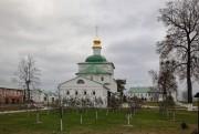 Фролищи. Успенский мужской монастырь Флорищева пустынь. Церковь Троицы Живоначальной