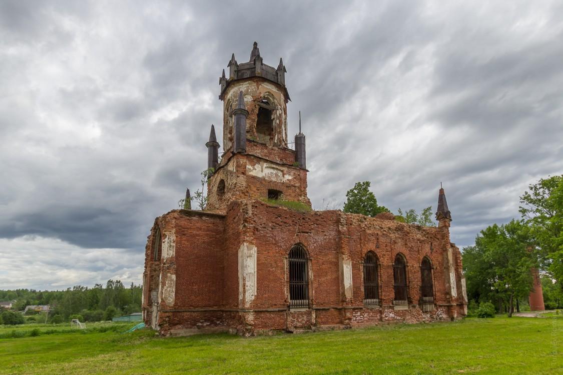 Церковь Троицы Живоначальной-Андрианово-Тосненский район-Ленинградская область