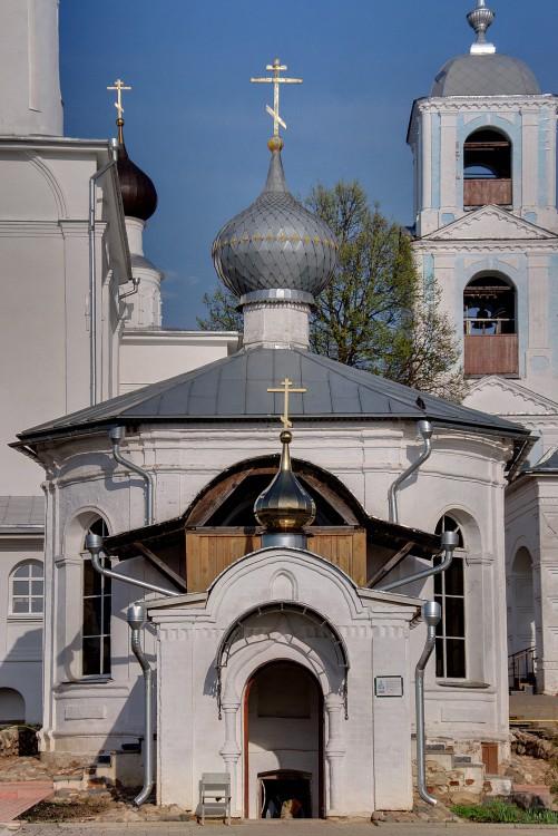 Столп-часовня Никиты  Никитский монастырь Переславль-Залесский фотографии