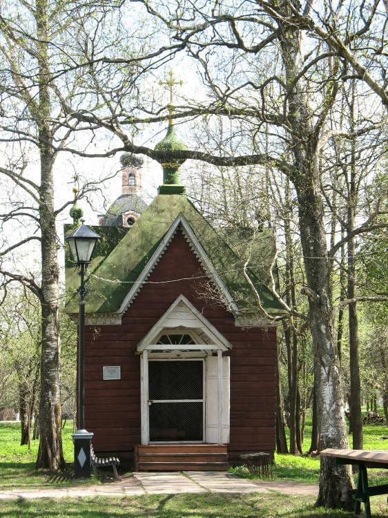 часовня святого Георгия из деревни Фонинское  в Горицком монастыре Переславль-Залесский фотографии