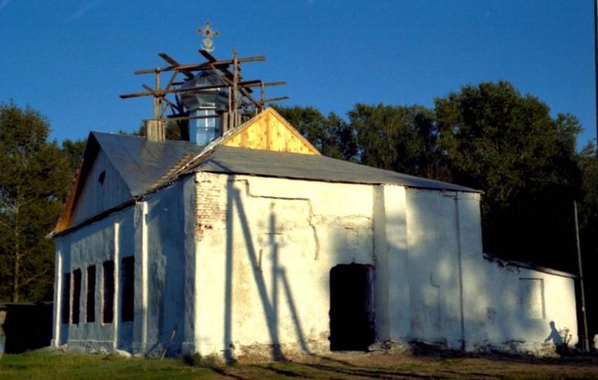 Церковь Покрова Пресвятой Богородицы, Иванищи