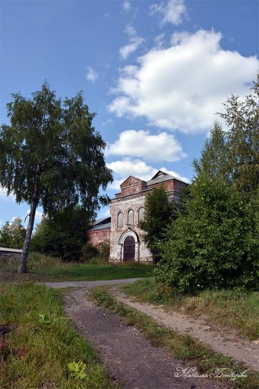 Церковь Михаила Архангела, Нелазское
