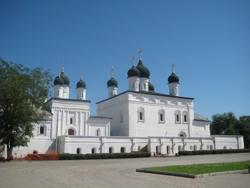 Троицкий монастырь. Собор Троицы Живоначальной, Астрахань