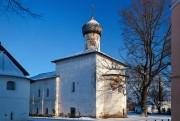 Старая Русса. Спасо-Преображенский монастырь. Церковь Сретения Господня