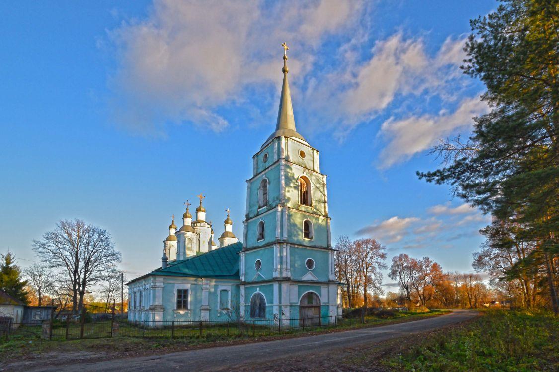 Церковь Всемилостного Спаса, Тёсово