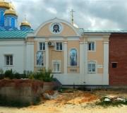 Задонск. Задонский Рождество-Богородицкий мужской монастырь. Церковь Тихона Задонского