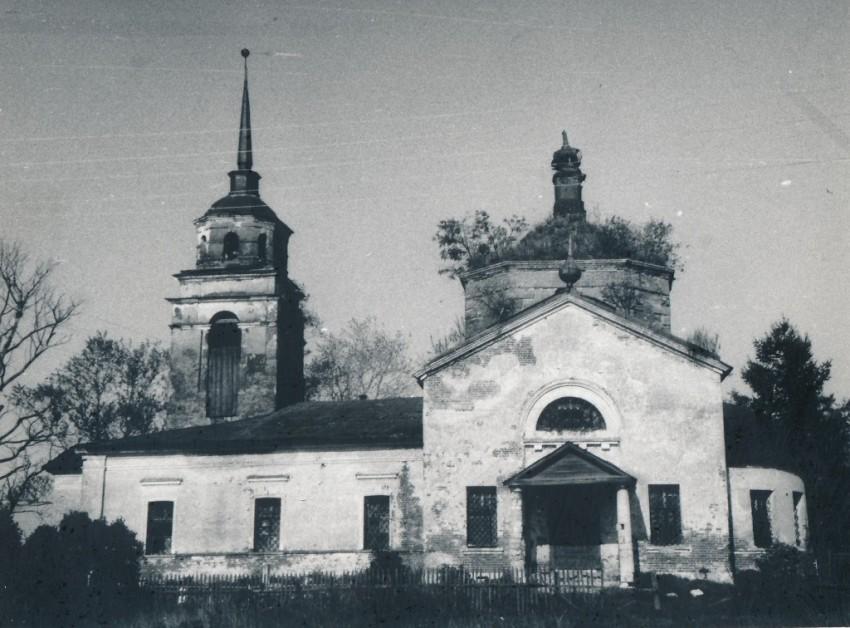 Церковь Димитрия Солунского, Семёновское