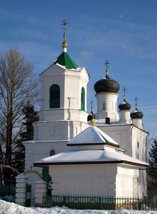 Кафедральный собор Троицы Живоначальной, Невель