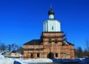 Пригородная слободка. Рыльский Николаевский мужской монастырь. Церковь Троицы Живоначальной