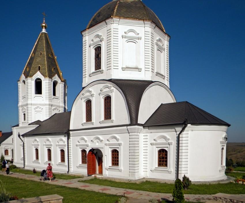 Церковь Богоявления Господня, Терновое