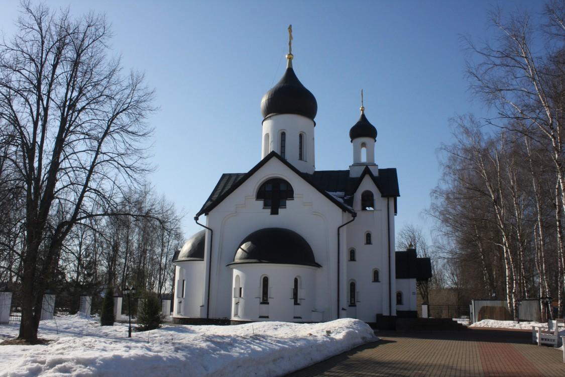 Церковь Новомучеников Подольских, Шишкин Лес