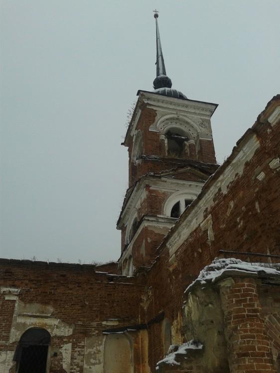 Башня храма (04.03.2013)