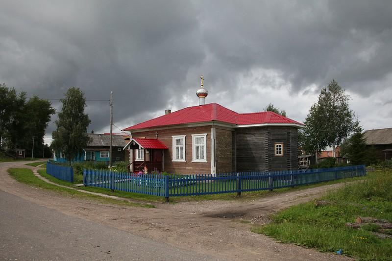 Церковь Димитрия Солунского, Ломоносово