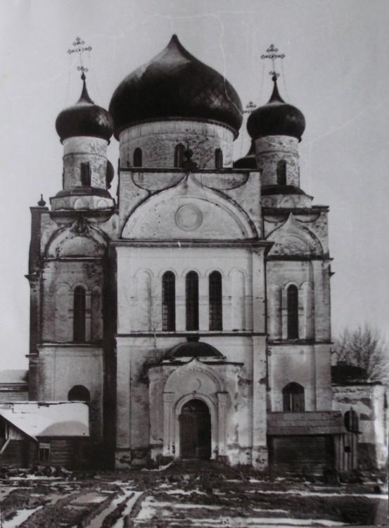 Церковь Флора и Лавра, Кумзеро