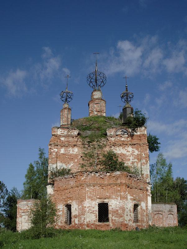 Церковь Богоявления Господня, Выползово