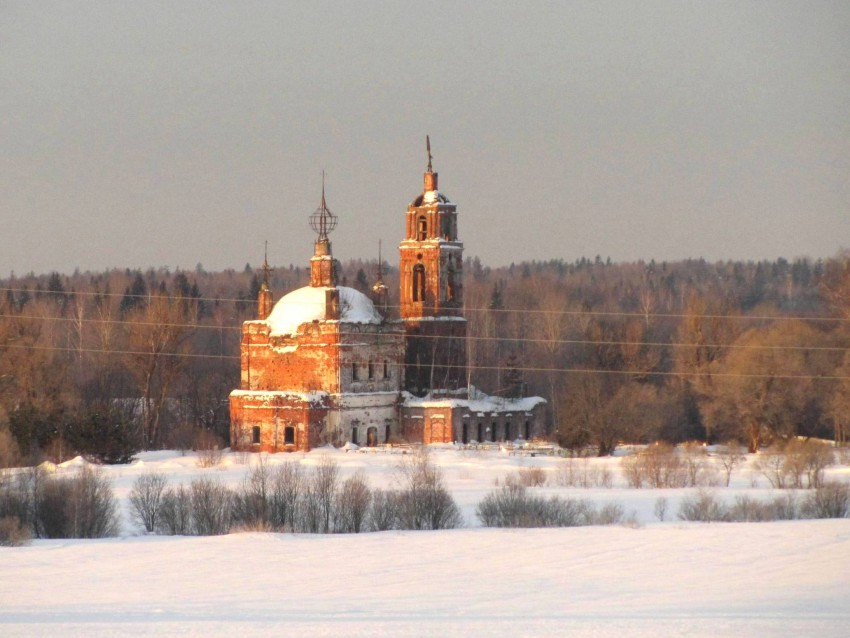 Церковь Богоявления Господня-Выползово-Переславский район-Ярославская область